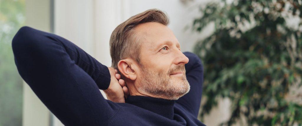 Vorteile & Nachteile von Hinter-dem-Ohr-Hörgeräten